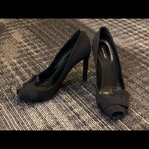 Giorgio Armani black heels sz 38.5